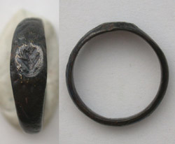 Ring, Roman, Ladies with Leaf Intaglio, 1st-3rd Cent.