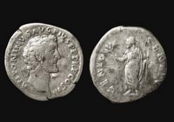 Antoninus Pius, Denarius, Genius of the Senate reverse